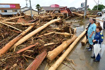 九州北部豪雨災害 流木の山